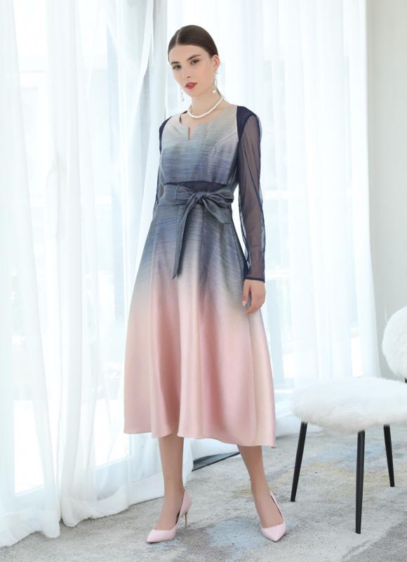 高端连衣裙