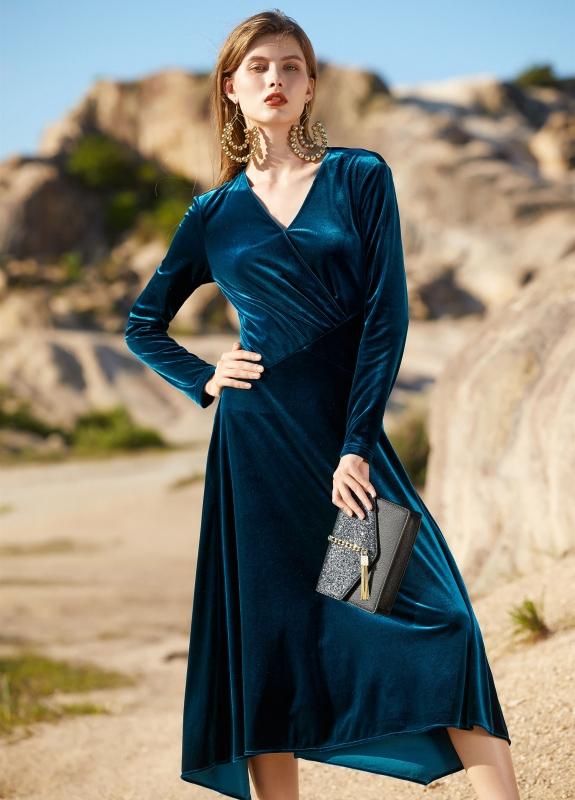 丝绒礼服裙